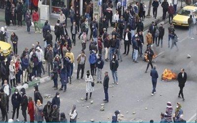 تفاوت ها و اشتراکات جنبش های اعتراضی مردمی در ایران با عراق و لبنان:گفتگو با فریدا آفاری